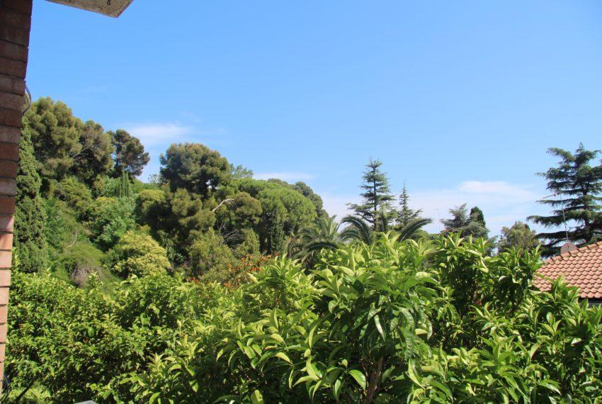 Ampio bilocale Conca Verde Vallecrosia confine Bordighera