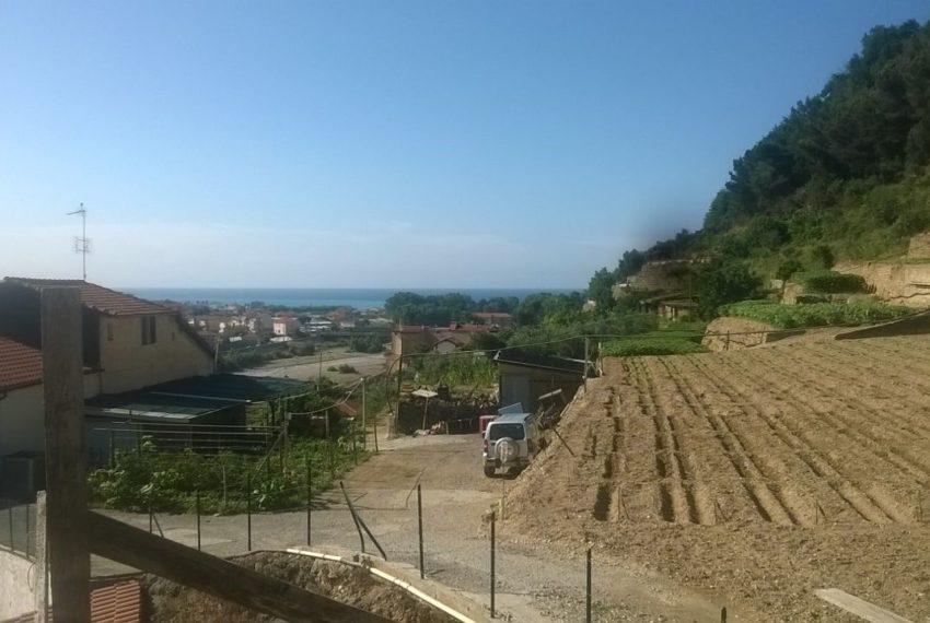 Struttura Villa tre piani vista mare Camporosso