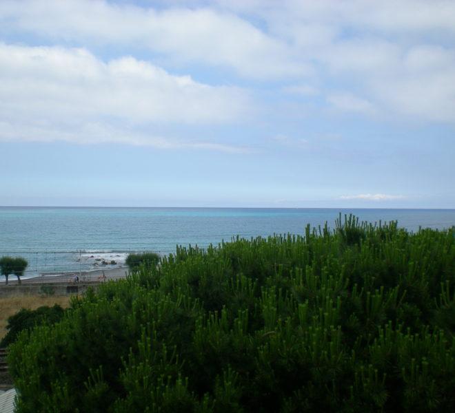 operazione immobiliare palazzina fronte mare